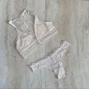 🌿Victoria Secret White Lace Bralette & Thong